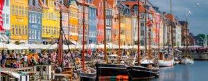 findaabningstider Nyhavn København